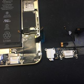 新座市からのお客様 iPhone6(アイフォン6)ライトニングコネクタ交換修理