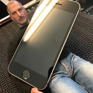立川市からのお客様 iPhoneSE(アイフォンSE)液晶故障修理のついでにガラスコーティング