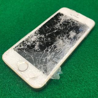 日野市からのお客様 iPhoneSE(アイフォンSE)車にひかれてガラスがバリバリに。。。